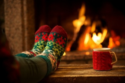 holidays-relax-fireplace-winter